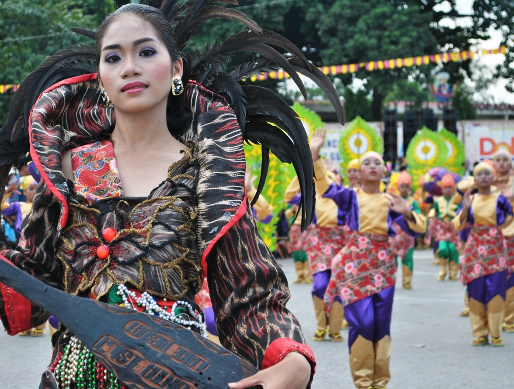 2012 T'nalak Festival: The Grand Street Dancing Parade | The ...