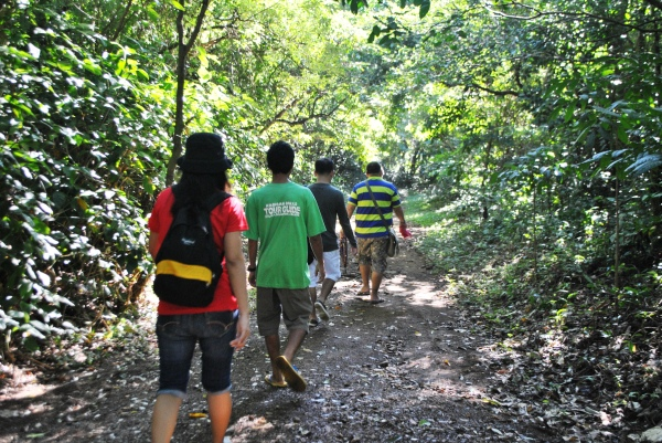 Trekking to Kabigan Falls