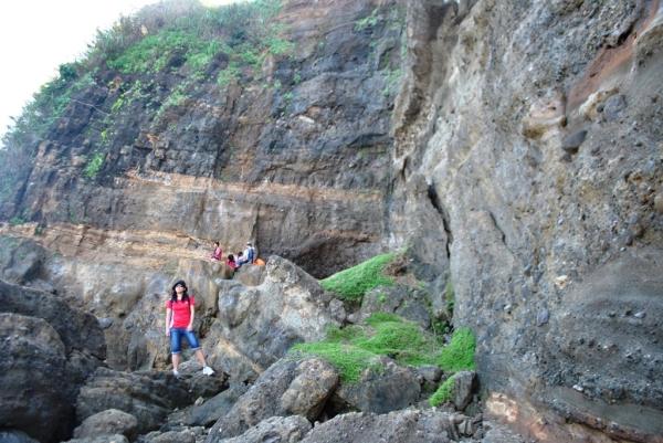 Rocky Bantay Abot Cave