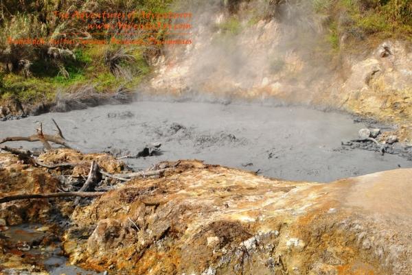 Badekbek Hot Spring