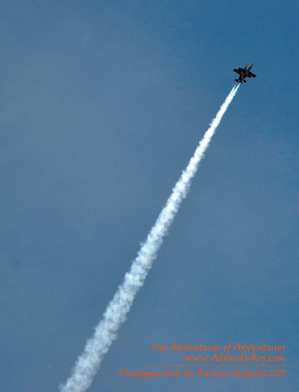 Breitling Aerobatic Exhibition (2)