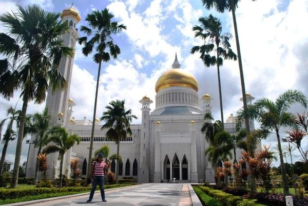 Brunei Saifuddien Mosque